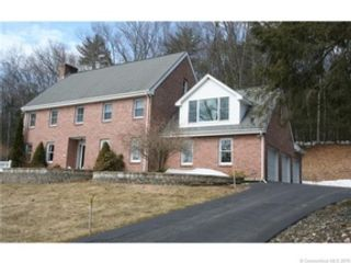 2 BR,  2.00 BTH Ranch style home in Baldwin