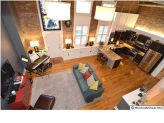 4 BR,  4.50 BTH Colonial style home in Wellesley