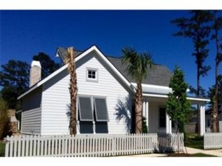 4 BR,  4.50 BTH Single family style home in Folsom