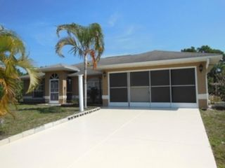 4 BR,  3.00 BTH  Single family style home in North Port