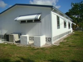 3 BR,  3.50 BTH  Single family style home in Placida