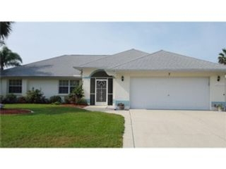 5 BR,  5.00 BTH Single family style home in Venice