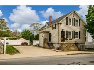 5 BR,  1.50 BTH Single family style home in Marion