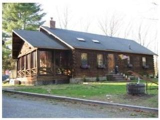 2 BR,  1.00 BTH Single family style home in Fall River
