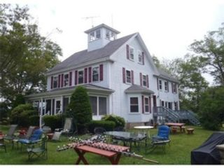 6 BR,  1.50 BTH Single family style home in Fall River