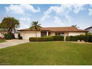 3 BR,  3.00 BTH  Single family style home in Cape Coral