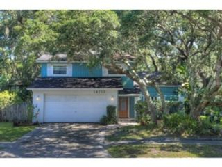3 BR,  2.50 BTH Single family style home in Tampa