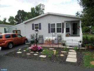 5 BR,  4.50 BTH Colonial style home in Doylestown
