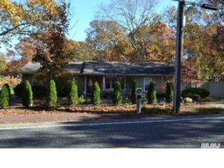 5 BR,  3.50 BTH  Colonial style home in Stony Brook