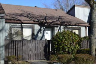 4 BR,  2.00 BTH Ranch style home in S Setauket