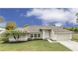 3 BR,  2.50 BTH Single family style home in Gainesville