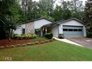 4 BR,  3.50 BTH Craftsman style home in Kennesaw