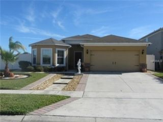 3 BR,  3.50 BTH  Single family style home in Sanibel