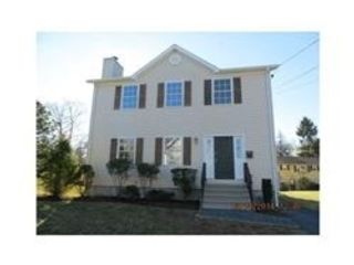 12 BR,  6.00 BTH Single family style home in Fall River