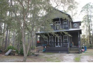 Studio,  0.00 BTH  Land style home in Crestview