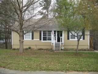 4 BR,  2.00 BTH Single family style home in Sebec