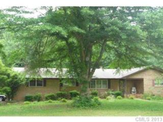 1 BR,  1.00 BTH Single family style home in Dover Foxcroft