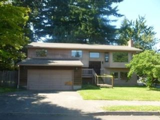 4 BR,  2.50 BTH Single family style home in Anchorage