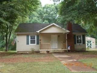 6 BR,  3.50 BTH Single family style home in Windham