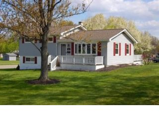 5 BR,  3.50 BTH 2 story style home in Powell