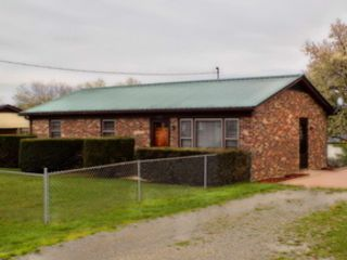 3 BR,  2.00 BTH Single family style home in King City