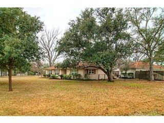 4 BR,  4.00 BTH Single family style home in Gonzales