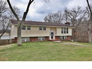 4 BR,  4.00 BTH Traditional style home in Knoxville