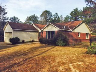 4 BR,  3.00 BTH Single family style home in Saint Gabriel