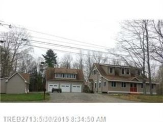4 BR,  3.00 BTH Single family style home in Marshfield