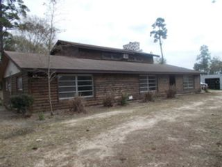 3 BR,  3.00 BTH Single family style home in Naples