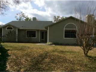 4 BR,  3.00 BTH Single family style home in Debary