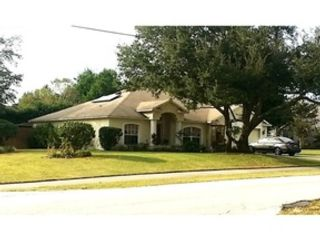 4 BR,  3.00 BTH Single family style home in Colonial Heights