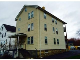 3 BR,  2.50 BTH Colonial style home in Douglas