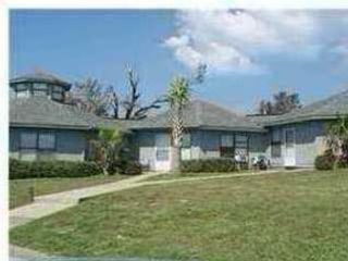 4 BR,  2.50 BTH Single family style home in Sutton