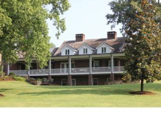 4 BR,  5.50 BTH Colonial style home in Morganton