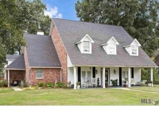 5 BR,  3.00 BTH Single family style home in Millersburg