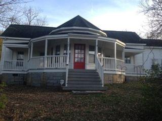 4 BR,  1.50 BTH Farm house style home in Auburn