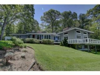 4 BR,  3.00 BTH Single family style home in North Kingstown