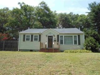 5 BR,  0.00 BTH Multi-family style home in Columbus