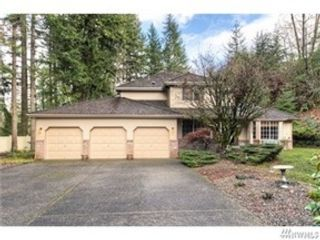 3 BR,  2.50 BTH Craftsman style home in Allyn-Grapeview