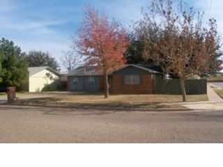 3 BR,  2.00 BTH  Single family style home in Santa Maria