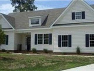 3 BR,  1.50 BTH Single family style home in York