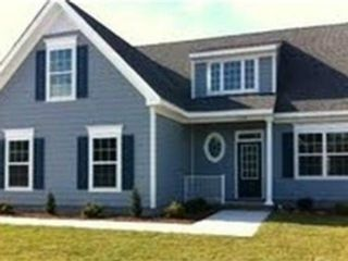 5 BR,  3.50 BTH Single family style home in Stilwell