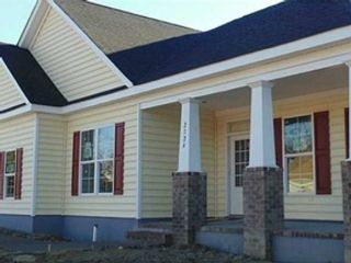 6 BR,  2.00 BTH Single family style home in Pasco