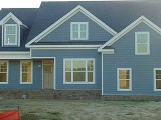 4 BR,  3.50 BTH Single family style home in Overland Park