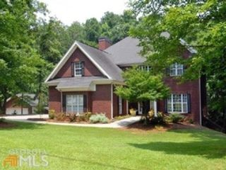 5 BR,  5.00 BTH Single family style home in Newnan