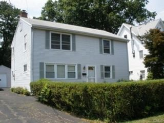 5 BR,  4.50 BTH Colonial style home in Stamford