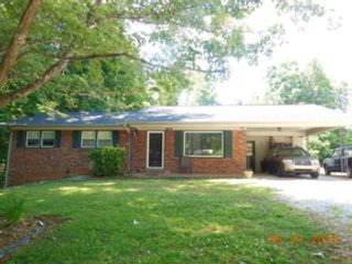 4 BR,  3.50 BTH Colonial style home in Marion