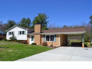 4 BR,  2.00 BTH Single family style home in Newland