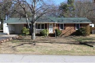 5 BR,  3.00 BTH Single family style home in Williamsburg